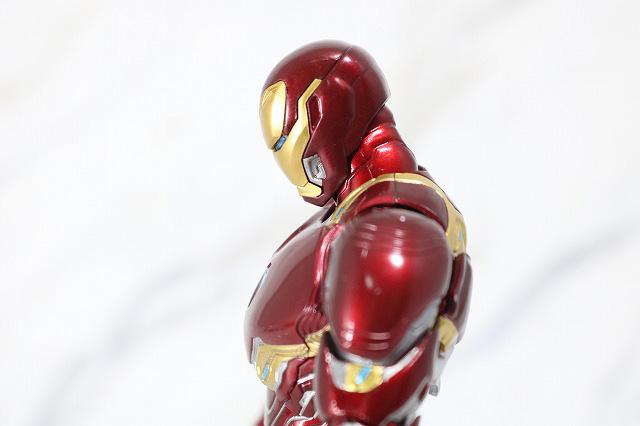 S.H.フィギュアーツ アイアンマン マーク50 ナノウエポンセット2 レビュー 可動範囲