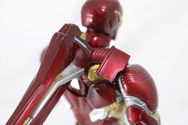 S.H.フィギュアーツ アイアンマン マーク50 ナノウエポンセット2 レビュー 付属品