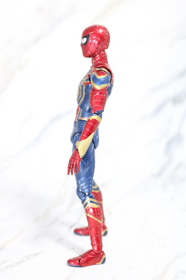 MAFEX アイアン スパイダーマン レビュー 全身