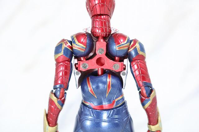MAFEX アイアン スパイダーマン レビュー 付属品