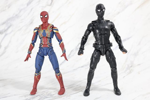 マーベルレジェンド スパイダーマン ステルスーツ レビュー 全身 S.H.フィギュアーツ アイアンスパイダー 比較