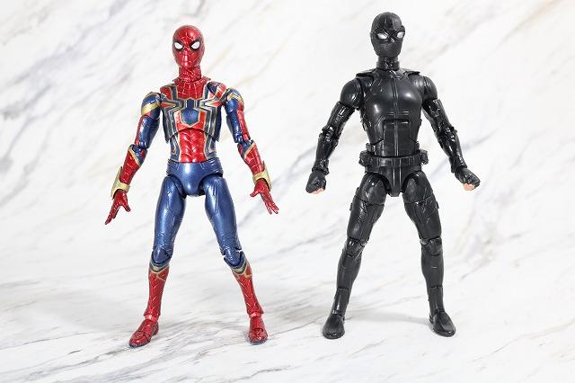 マーベルレジェンド スパイダーマン ステルスーツ レビュー 全身 MAFEX アイアンスパイダー 比較