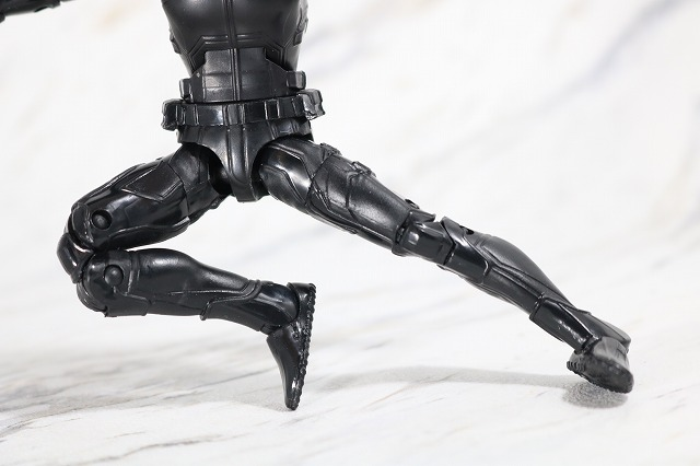マーベルレジェンド スパイダーマン ステルスーツ レビュー 可動範囲