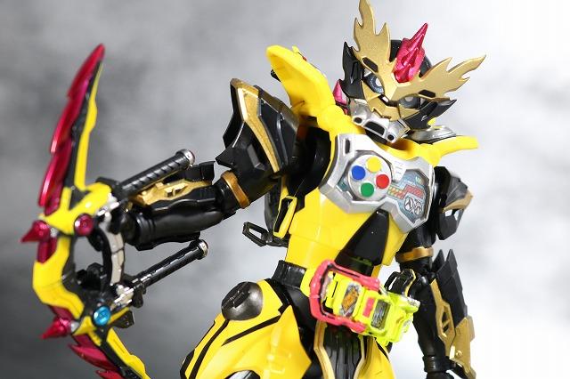 S.H.フィギュアーツ 仮面ライダーレーザー チャンバラバイクゲーマー レベル3 レビュー