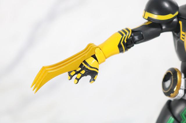 S.H.フィギュアーツ 仮面ライダーオーズ タトバコンボ 真骨彫製法 付属品 トラクロー