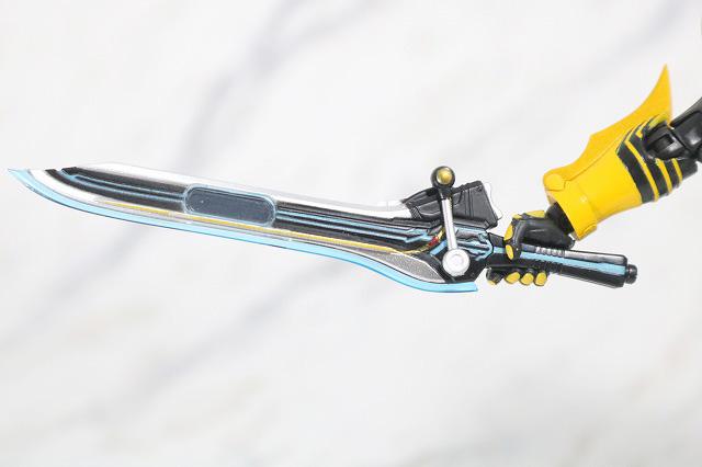 S.H.フィギュアーツ 仮面ライダーオーズ タトバコンボ 真骨彫製法 付属品 メダジャリバー