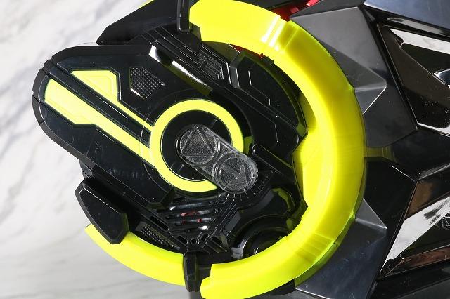 DX飛電ゼロワンドライバー レビュー