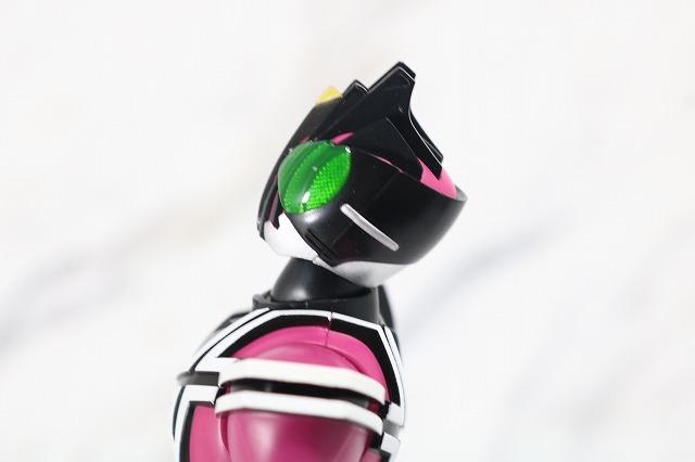 S.H.フィギュアーツ 仮面ライダーディケイド ネオディケイドライバー 真骨彫製法 レビュー 可動範囲