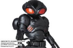 MAFEX新作!『アクアマン』のブラックマンタが2021年1月発売決定!武器やエフェクトパーツが付属!