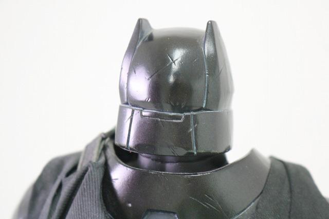ホットトイズ ムービーマスターピース アーマードバットマン ブラック・クロム レビュー 全身