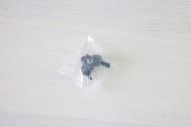 ホットトイズ ムービーマスターピース アーマードバットマン ブラック・クロム レビュー 付属品 軸パーツ