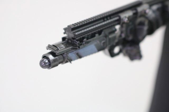 ホットトイズ ムービーマスターピース アーマードバットマン ブラック・クロム レビュー 付属品 グレネードガン 弾薬