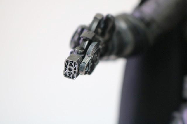 ホットトイズ ムービーマスターピース アーマードバットマン ブラック・クロム レビュー 付属品 グラップネル・ガン