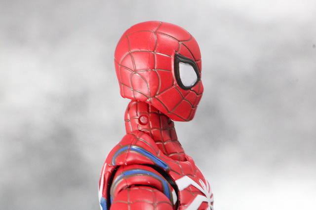 S.H.フィギュアーツ スパイダーマン アドバンス・スーツ(Marvel's Spider-Man) レビュー 付属品 差し替え頭部