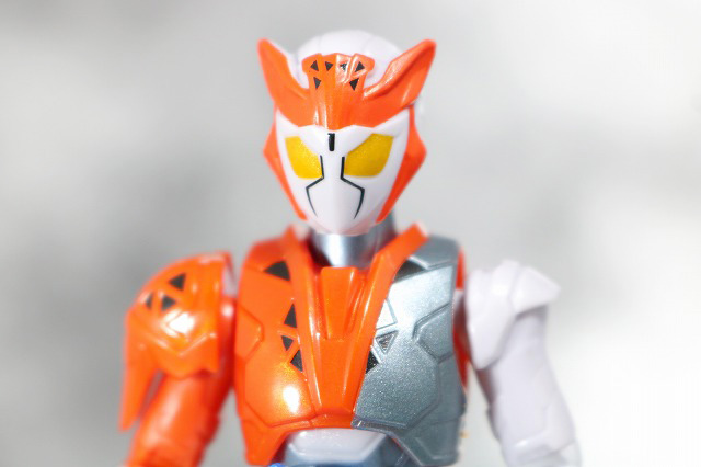 RKF RIDER KICK'S FIGURE 仮面ライダーバルキリー ラッシングチーター レビュー 全身