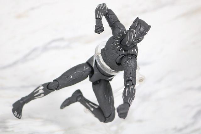 MAFEX ブラックパンサー レビュー アクション