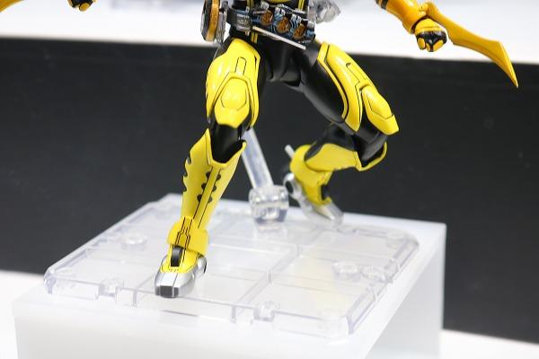 S.H.フィギュアーツ 仮面ライダーオーズ ラトラータコンボ 真骨彫製法