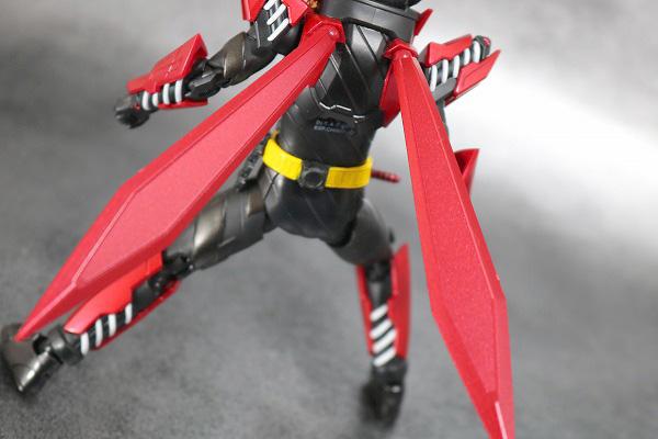S.H.フィギュアーツ 仮面ライダービルド ラビットラビットフォーム レビュー アクション