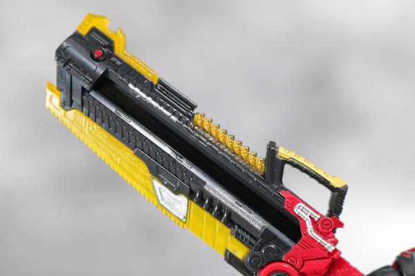 S.H.フィギュアーツ 仮面ライダービルド ラビットラビットフォーム レビュー 付属品 フルボトルバスター