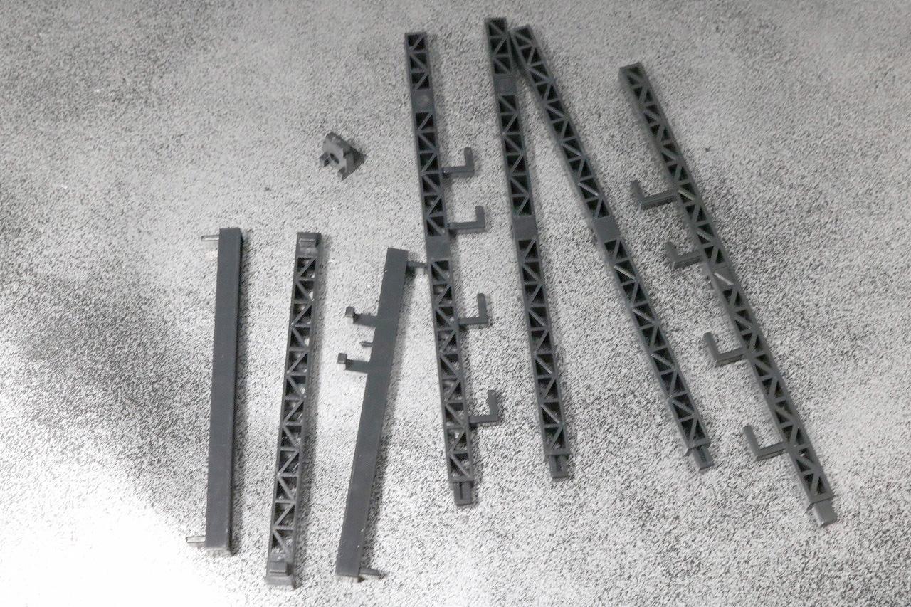 超合金魂 バトルフィーバーロボ レビュー 付属品 ディスプレイ台座 鉄骨風の柱パーツ