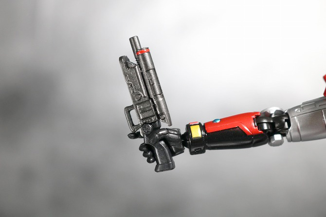 S.H.フィギュアーツ ファイヤー 特警ウインスペクター レビュー 付属品 デイトリックM-2