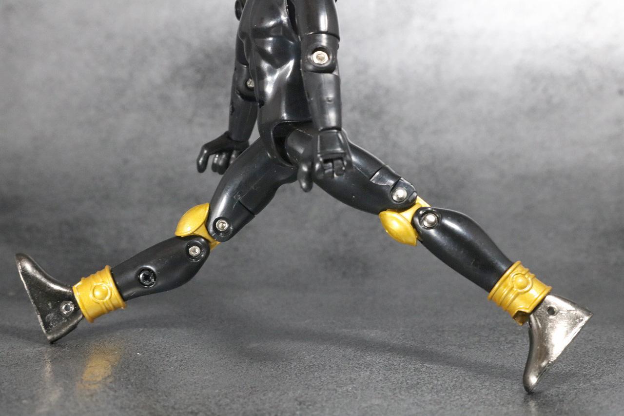 装着変身 仮面ライダークウガ マイティフォーム&グローイングフォーム レビュー 素体 可動範囲