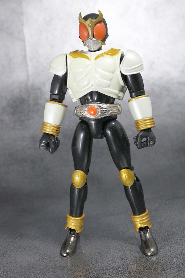 装着変身 仮面ライダークウガ マイティフォーム&グローイングフォーム レビュー グローイングフォームの全身