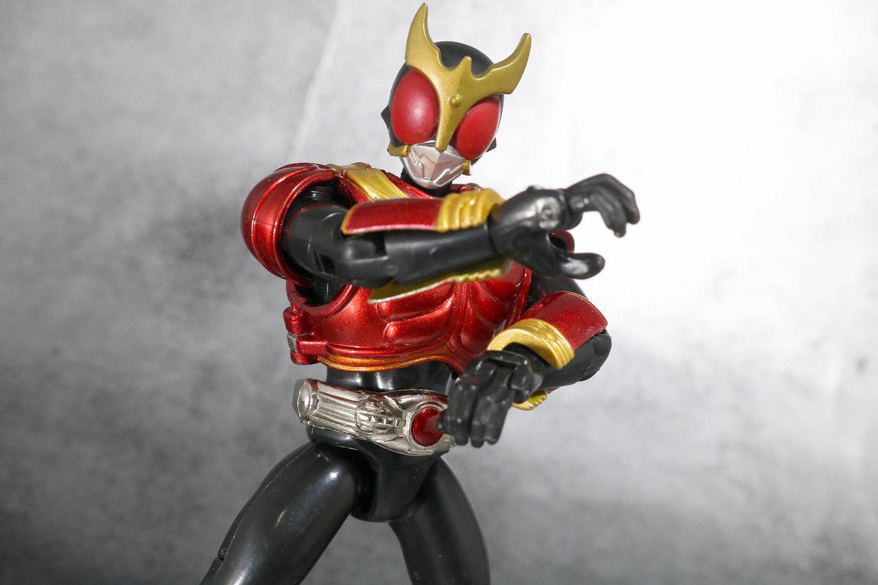 装着変身 仮面ライダークウガ マイティフォーム&グローイングフォーム レビュー マイティフォームのアクション