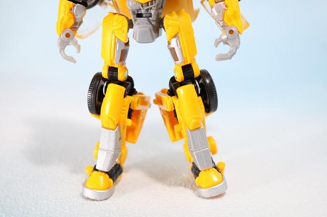 TFスタジオシリーズ SS-16 バンブルビー レビュー ロボットモード 全身