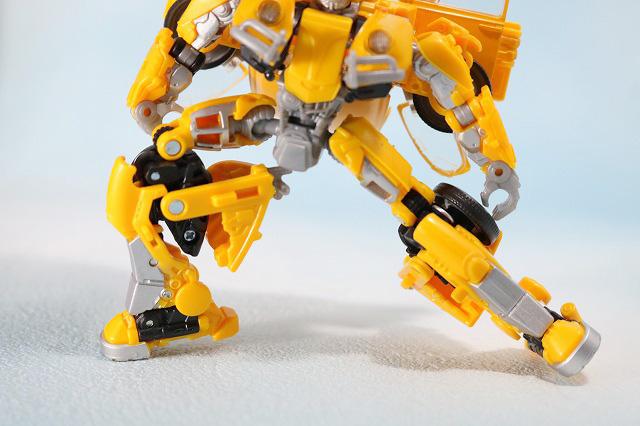 TFスタジオシリーズ SS-16 バンブルビー レビュー ロボットモード 可動範囲