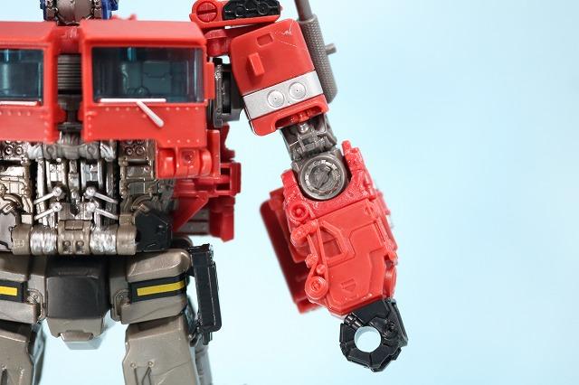 TF スタジオシリーズ SS-30 オプティマスプライム レビュー ロボットモード 全身