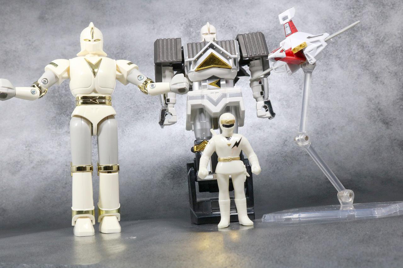 プラデラ 獣将ファイター バトルカーク レビュー アクション ホワイトカーク ゴッドカーク ニンジャホワイト