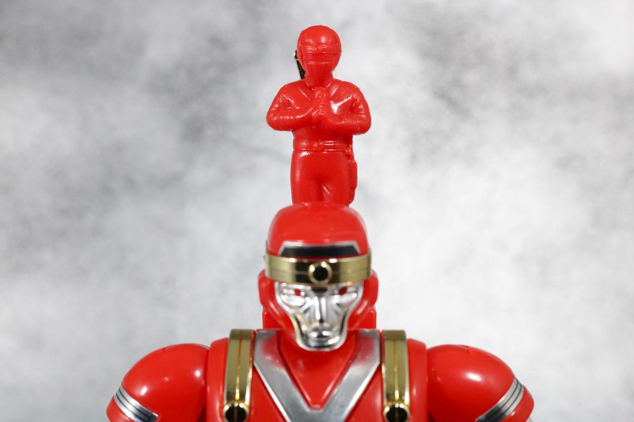 プラデラ 獣将ファイヤー バトルサルダー レビュー 付属品 ニンジャレッド 台座