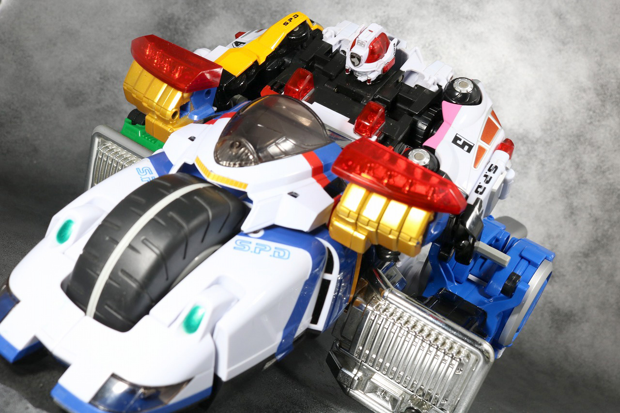 DXデカバイクロボ レビュー アクション バイク形態 デカレンジャーロボ