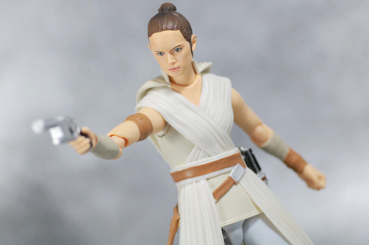 S.H.フィギュアーツ レイ D-O (STAR WARS: The Rise of Skywalker) スカイウォーカーの夜明け レビュー アクション