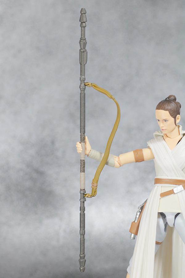 S.H.フィギュアーツ レイ (STAR WARS: The Rise of Skywalker) スカイウォーカーの夜明け レビュー 付属品 杖