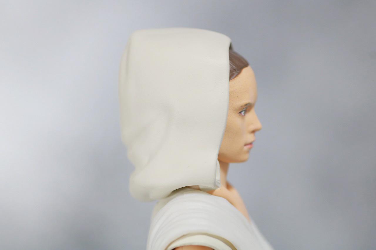 S.H.フィギュアーツ レイ (STAR WARS: The Rise of Skywalker) スカイウォーカーの夜明け レビュー 付属品 フード