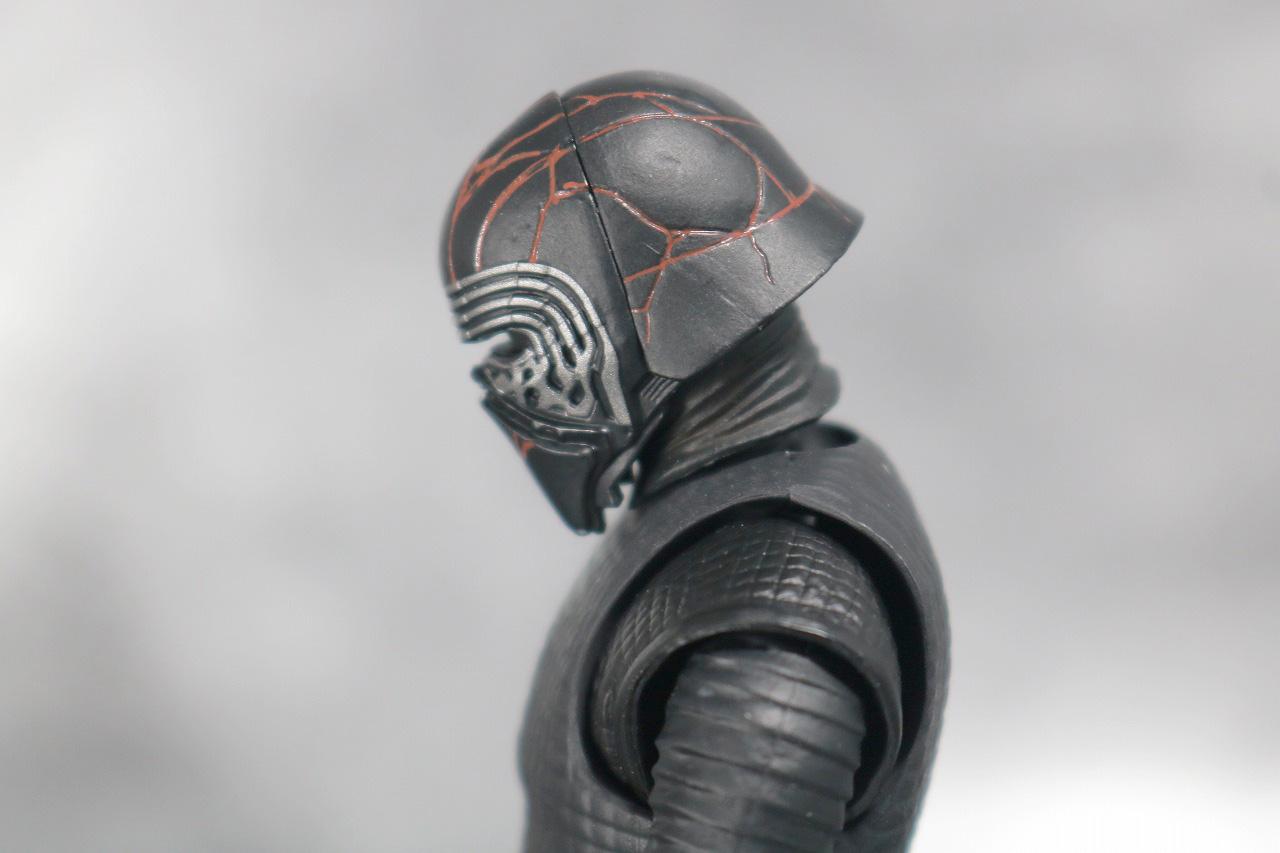 S.H.フィギュアーツ カイロ・レン (STAR WARS: The Rise of Skywalker) スカイウォーカーの夜明け レビュー 可動範囲