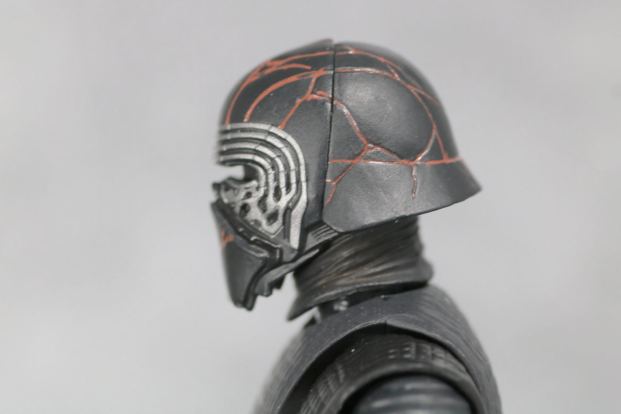 S.H.フィギュアーツ カイロ・レン (STAR WARS: The Rise of Skywalker) スカイウォーカーの夜明け レビュー 全身