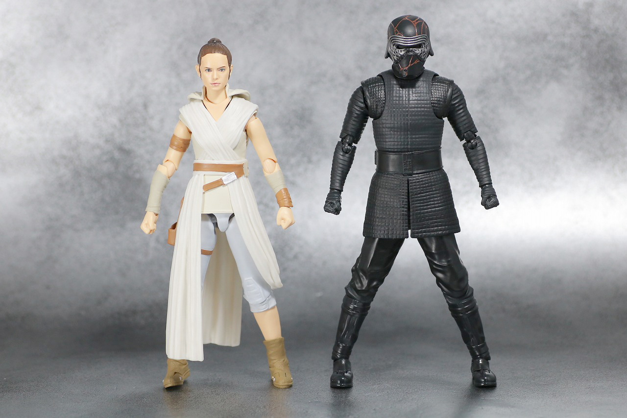 S.H.フィギュアーツ カイロ・レン (STAR WARS: The Rise of Skywalker) スカイウォーカーの夜明け レビュー 全身 レイ 比較