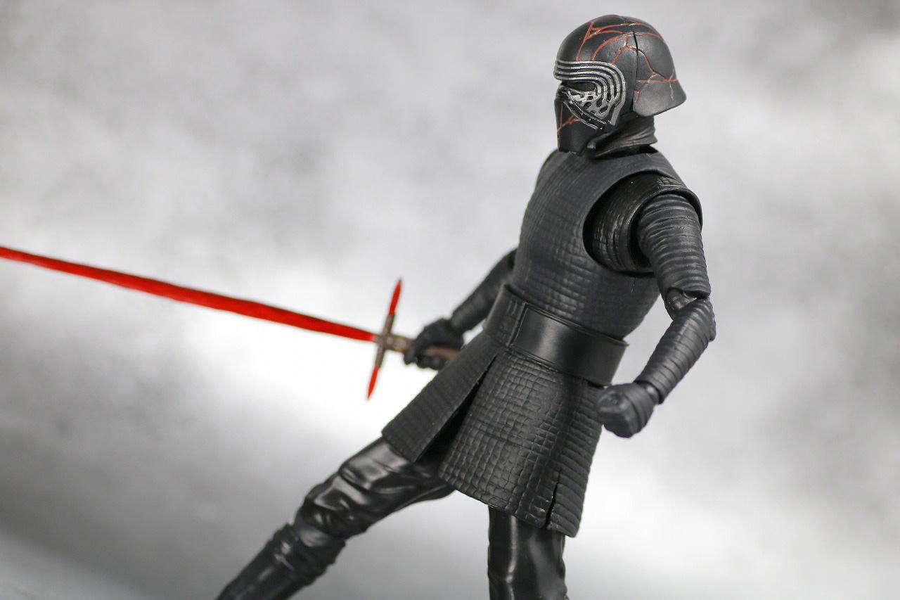 S.H.フィギュアーツ カイロ・レン (STAR WARS: The Rise of Skywalker) スカイウォーカーの夜明け レビュー アクション