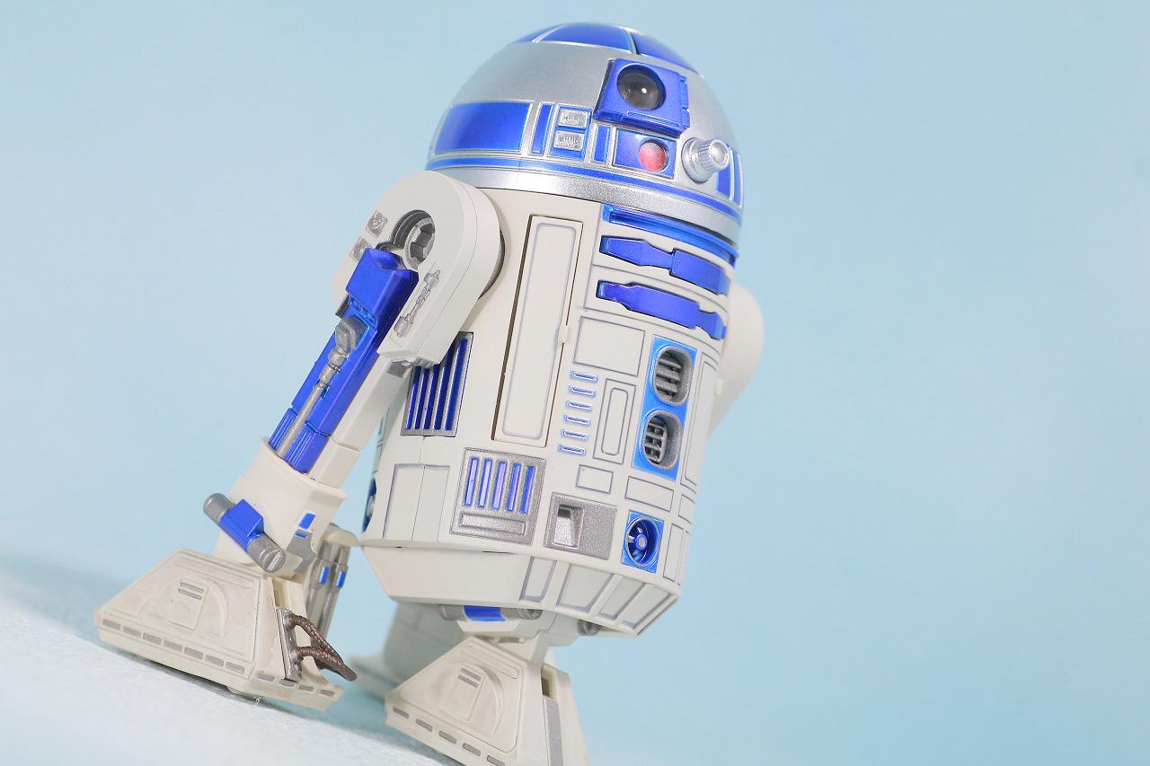S.H.フィギュアーツ R2-D2 (A NEW HOPE) レビュー アクション