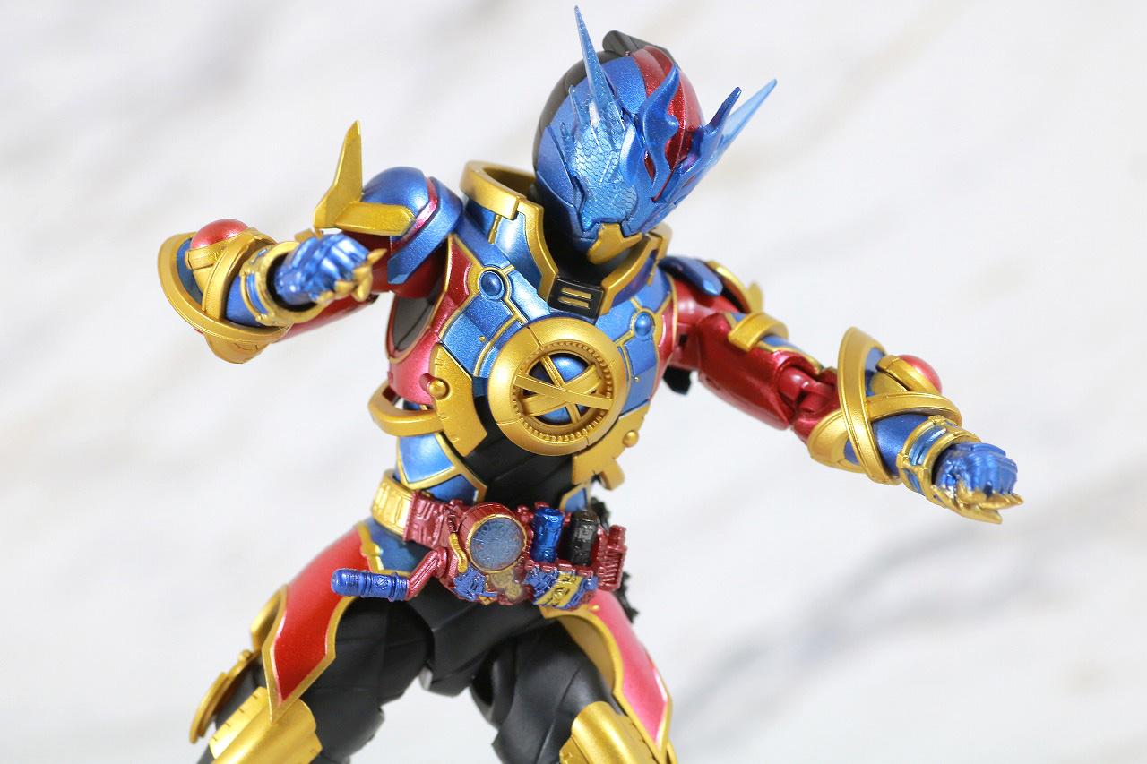 S.H.フィギュアーツ 仮面ライダーエボル レビュー アクション フェーズ2 エボルドラゴン