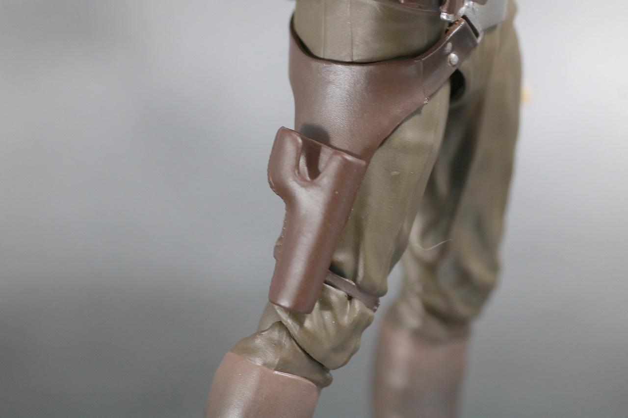 S.H.フィギュアーツ ハン・ソロ スターウォーズ:フォースの覚醒 レビュー 付属品 ホルスター