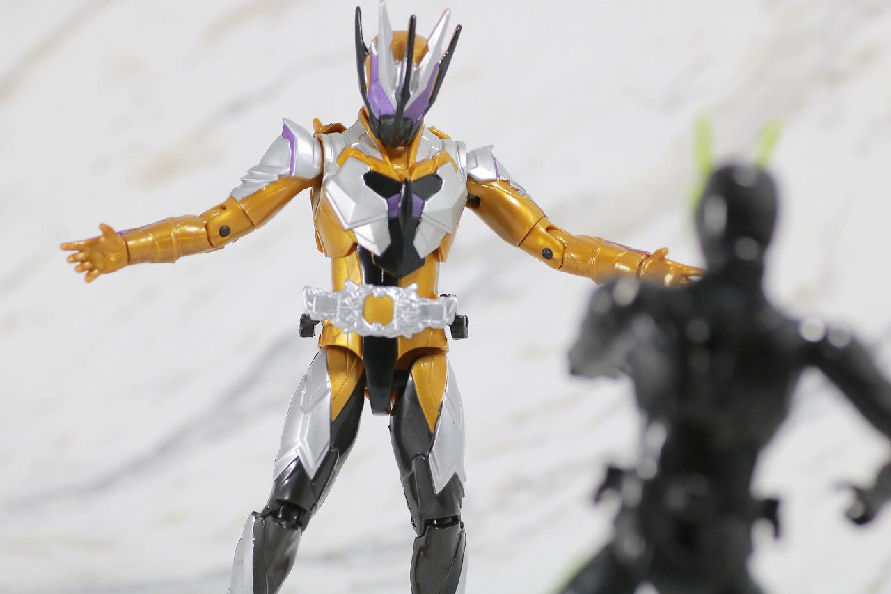 RKF RIDER KICK'S FIGURE 仮面ライダーサウザー レビュー アクション 仮面ライダーゼロワン ライジングホッパー