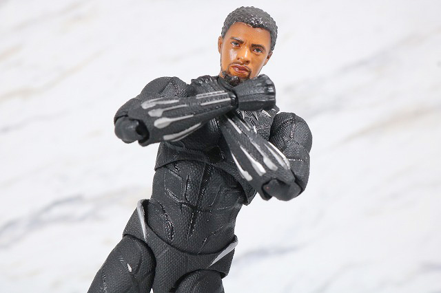 MAFEX ブラックパンサー