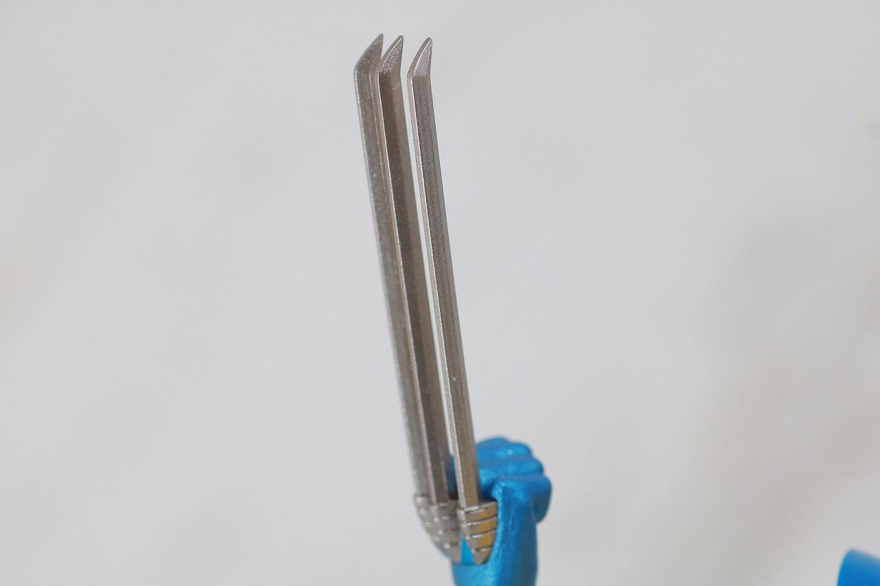 MAFEX ウルヴァリン COMIC Ver. レビュー 付属品 クロー 爪