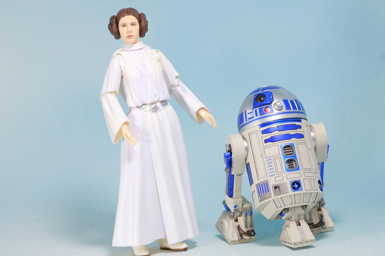 S.H.フィギュアーツ レイア・オーガナ(A NEW HOPE) レビュー アクション R2-D2