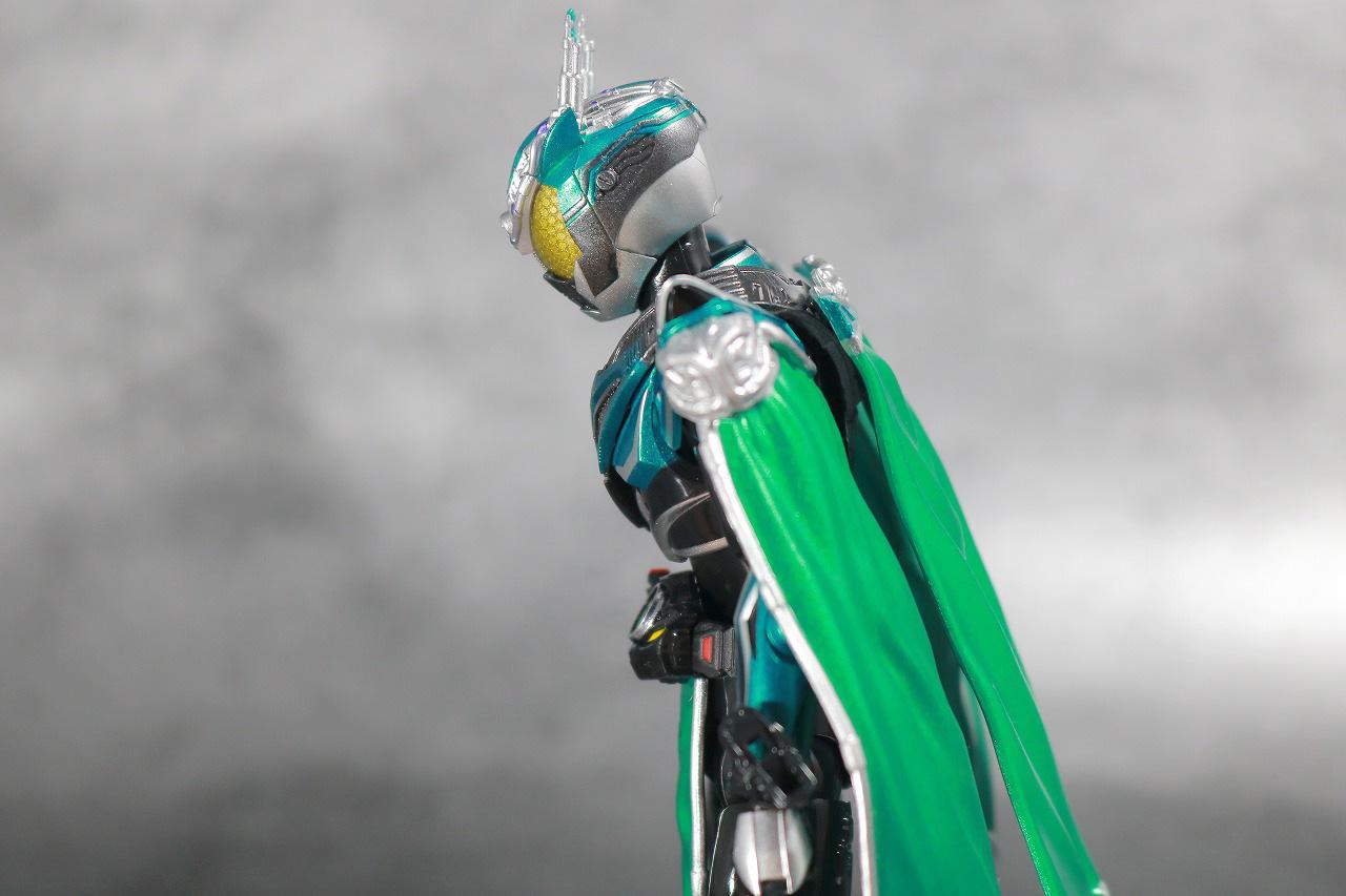 S.H.フィギュアーツ 仮面ライダーブレン レビュー 可動範囲