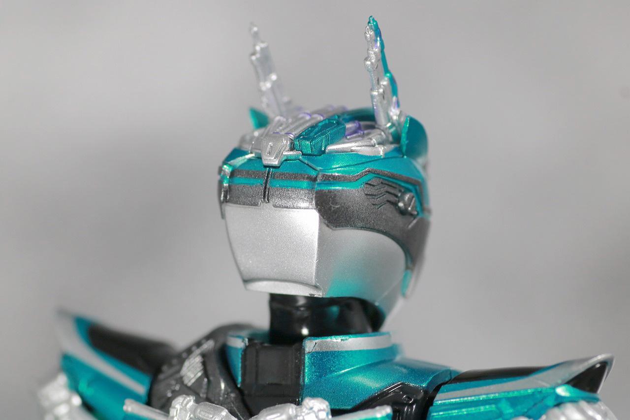 S.H.フィギュアーツ 仮面ライダーブレン レビュー 全体